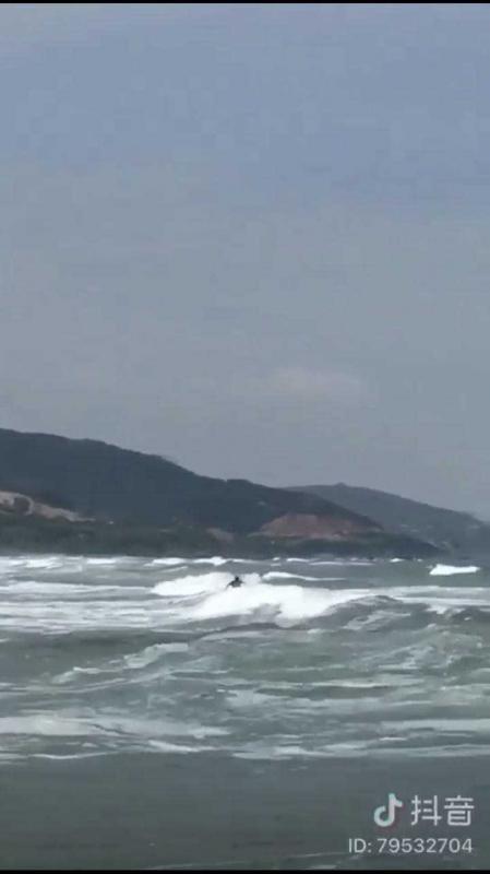 中国サーフィン_2.jpg
