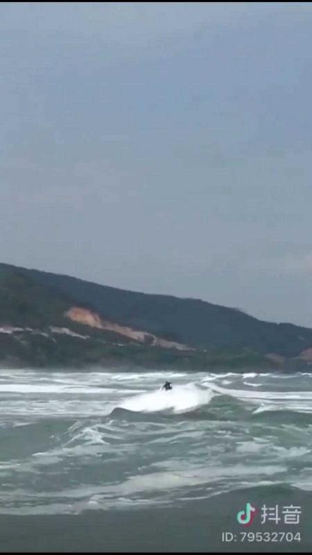 中国サーフィン_3.jpg
