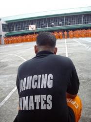 何思う、踊る受刑者