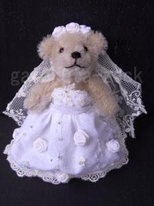 花嫁ベアの画像
