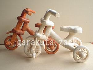 三輪車の木工作品の画像