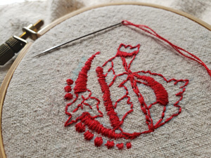 Gのモノグラムの刺繍