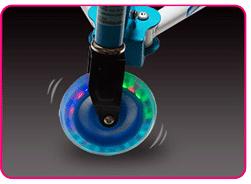 車輪にイルミネーション:3輪タイプ開閉式キックボード:フロッグスクーターMサイズ/ブルー