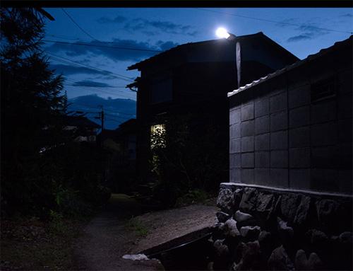 街角:ソーラー充電式2センサー【LED街路灯4W/550lm】
