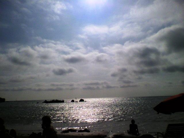 葉山一色の海
