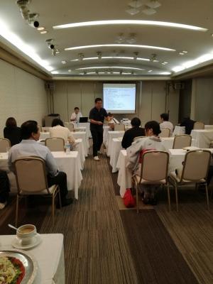 企業の経営力強化を目指す会計のセミナー風景