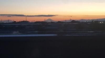 北陸新幹線からの富士山
