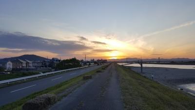 吉野川の堤防ランニング
