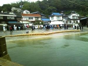 海中盆綱引き