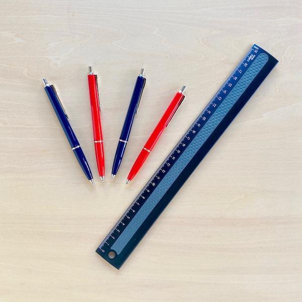 バログラフのボールペン、リネックスの定規