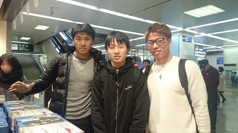 サンフレッチェ広島の浅野選手と水本選手