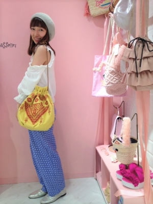 エンブロイダリー巾着 (1).JPG