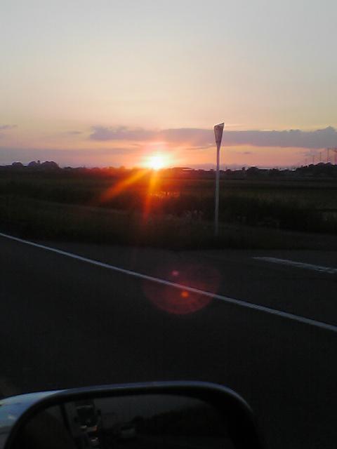 深谷の夕日