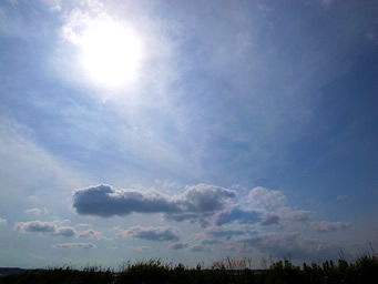 空と雲と太陽 ミーアクリスタル