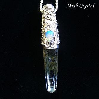 ガネーシュヒマール産 ヒマラヤ水晶ペンダント ミーアクリスタル