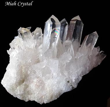 マカルー産 ヒマラヤ水晶クラスター ダウ ミーアクリスタル