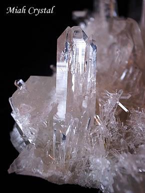 マカルー産 ヒマラヤ水晶クラスター ミーアクリスタル