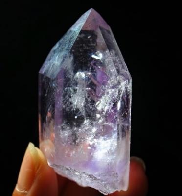 紫イシス ブランドーバーグ産水入りアメジスト ミーアクリスタル