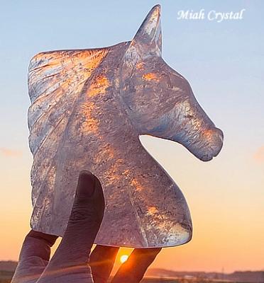 水晶の馬、クリスタルホース
