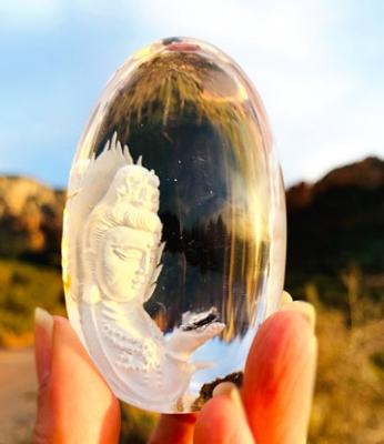 水晶彫刻 観音 ミーアクリスタル