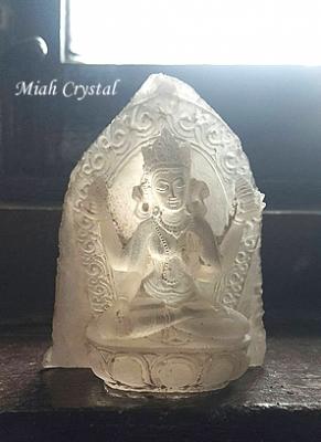 ヒマラヤ水晶彫刻 ミーアクリスタル