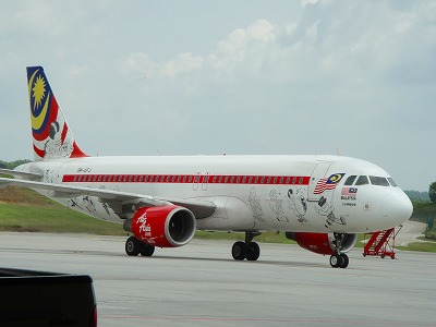 ラットデザインのエアアジア機
