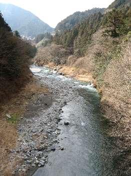 多摩川(寸庭橋より川上)