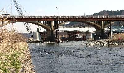 東秋留橋 4