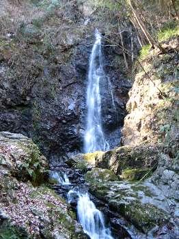 払沢の滝 3