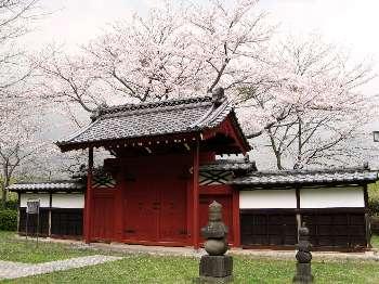 赤門(中里介山)