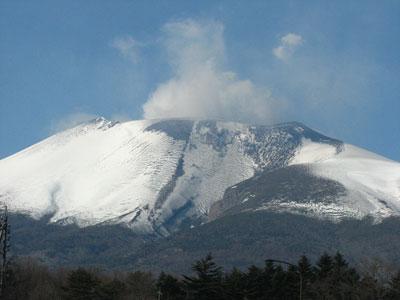 降灰の浅間山