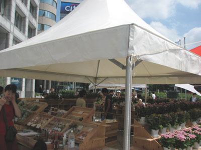 毎週土日に青山で開催されているマルシェ