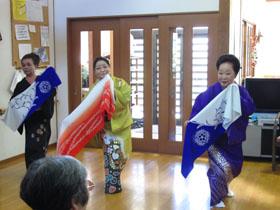 踊りハーモニカ3.JPG
