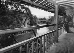 中2階より姑射橋を望む(昭和32年頃/現存せず)