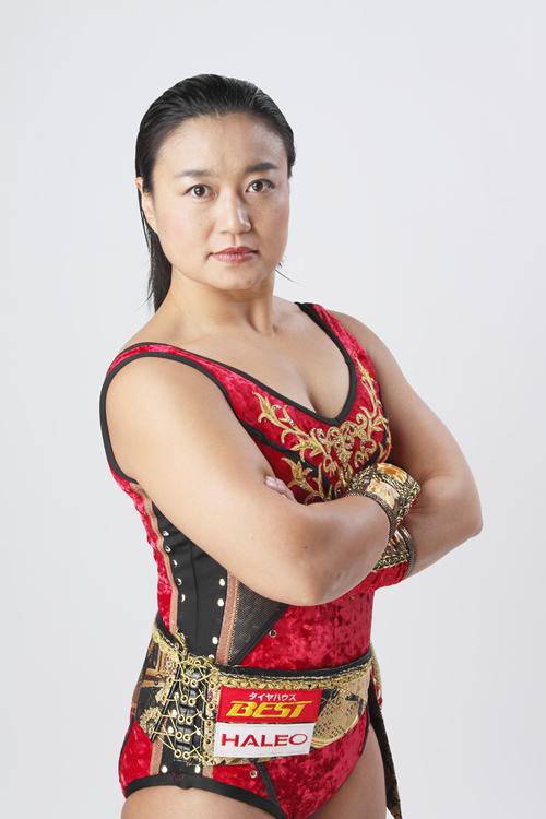 里村明衣子 : 女子プロレスラー...