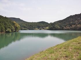 北松浦半島山中の湖