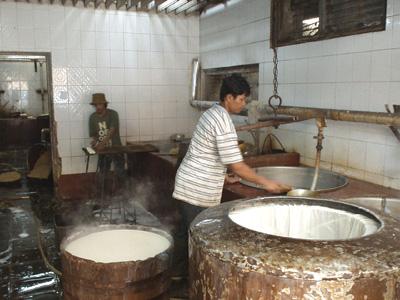 バンドゥンの豆腐屋1