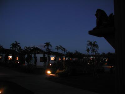沖縄・カンナリゾートヴィラ夜