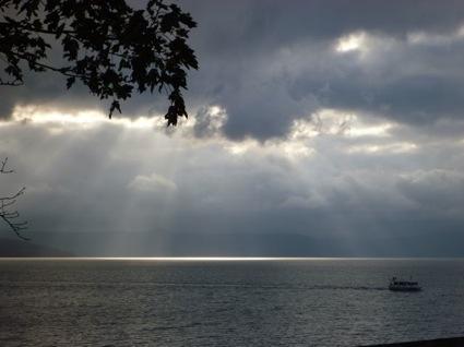 ブログ20121130支笏湖.jpg