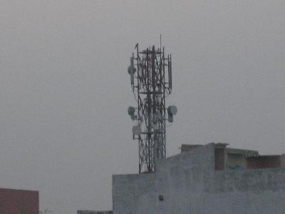 携帯電話基地局のアンテナ