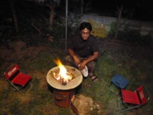 火をおこすハリオム