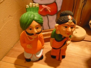 インド首振り人形