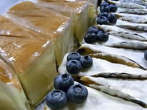 チーズケーキ・ブルーベリーケーキ
