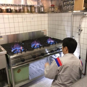 厨房のガスレンジ