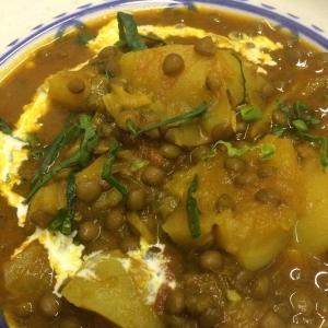 ブラックマスール豆と蕪のカレー