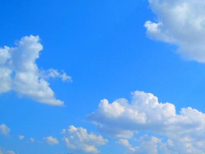 猛暑特異日の空