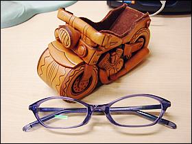 メガネと台