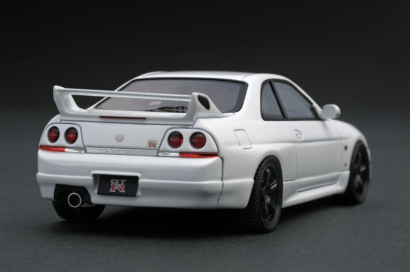 R33-1  ホワイト-2.jpg