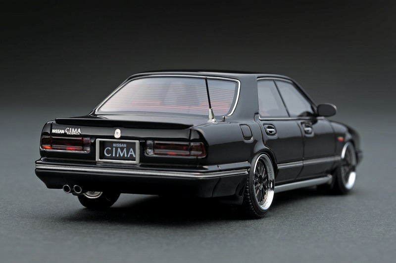 Y31シーマ ブラック-2.jpg