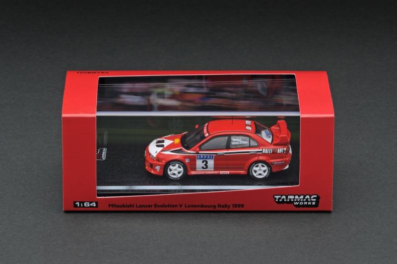 T64-012-99LUX03 -3.jpg